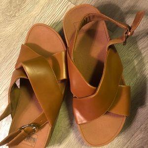 🤩 Comfy sandals!
